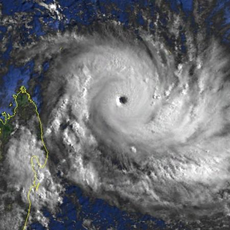Cyclone Intense KAMISY