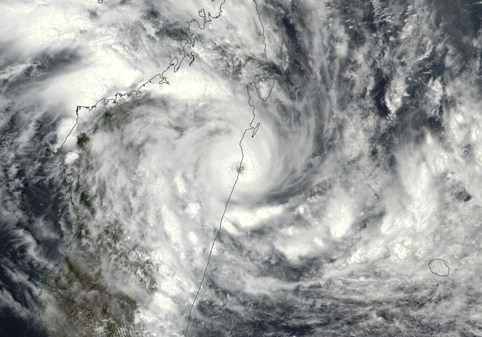Cyclone tropical AVA le 05/01/2018 NPP