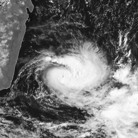 Cyclone CARLOS le 09/02/2017-METSAT7
