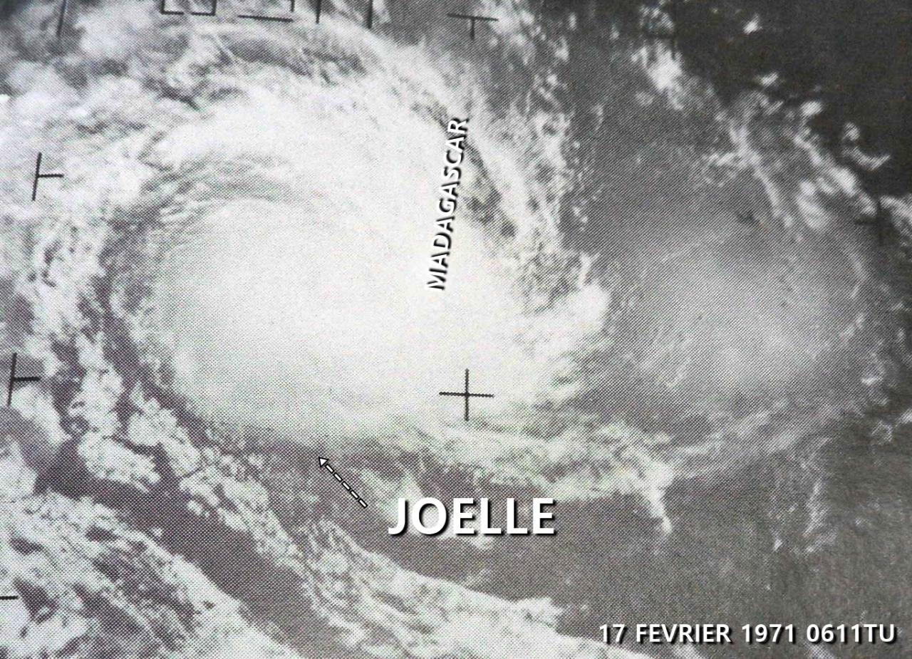 CT JOELLE 65KT (source IBTrACS)