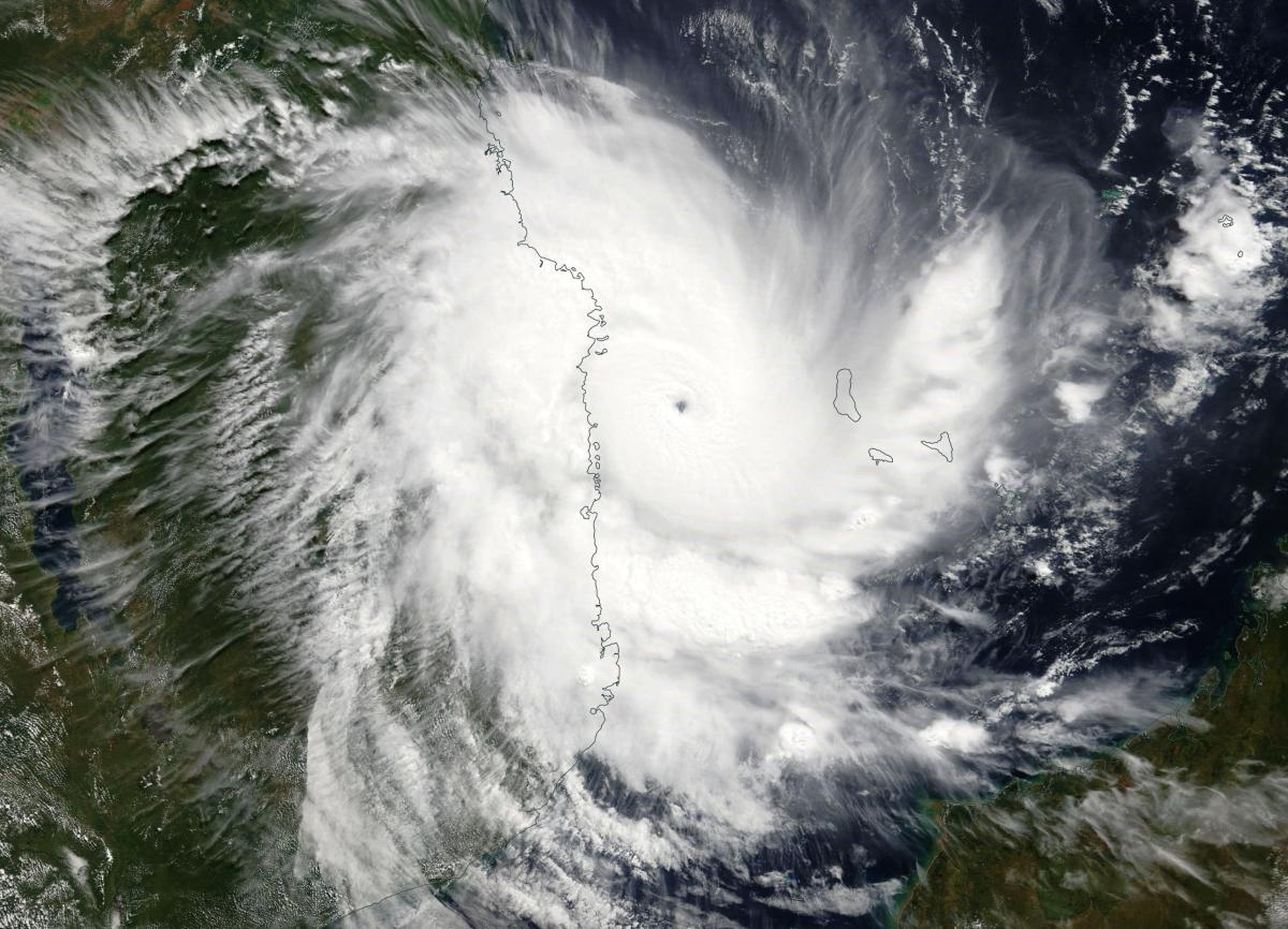 Cyclone Tropical Intense KENNETH le 25/04/2019 TERRA