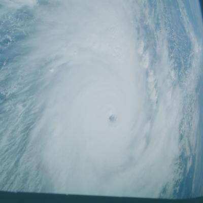 Vue d'ensemble du cyclone Kamisy depuis l'espace