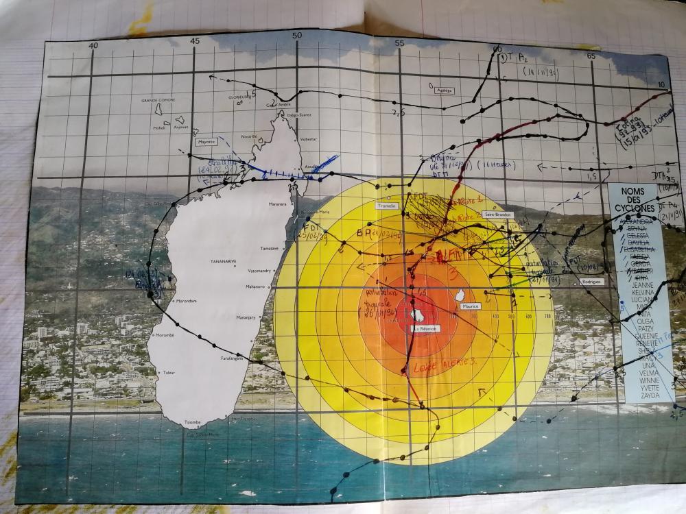 Ancienne carte de trajectoire cyclonique