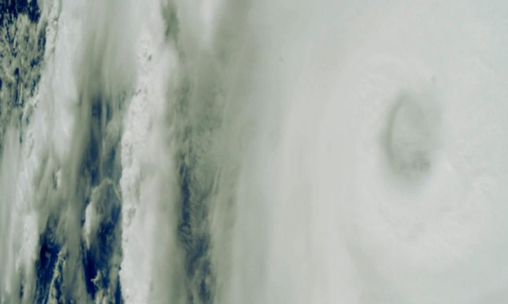 Le cyclone ENAWO survolé par l'ISS