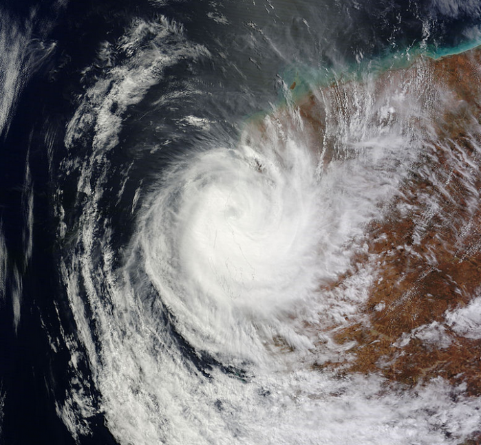 Cyclone OLWYN frappant l'ouest de l'Australie