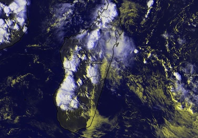 Développement convectif à Madagascar le 26/01/2018 à 13uct (Kachelmann)