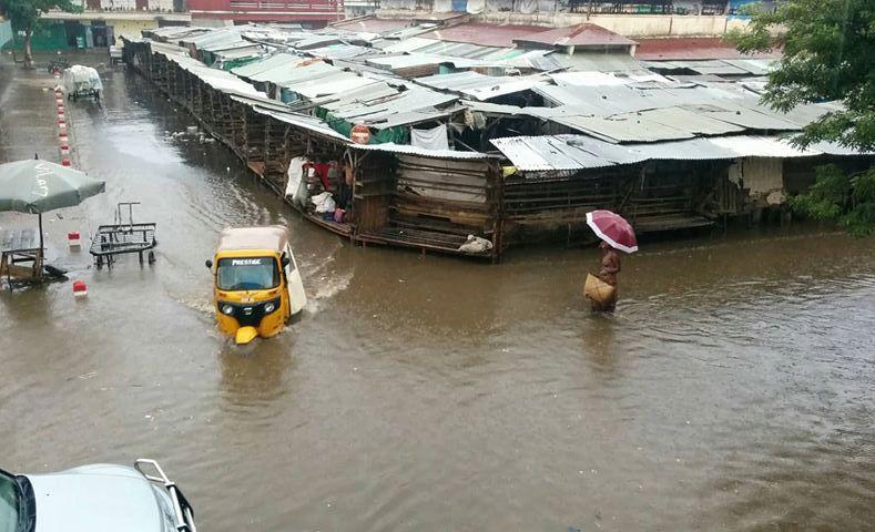Route inondées à Diego Suarez