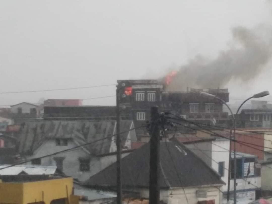 maison foudroyé par la foudre à tananarive