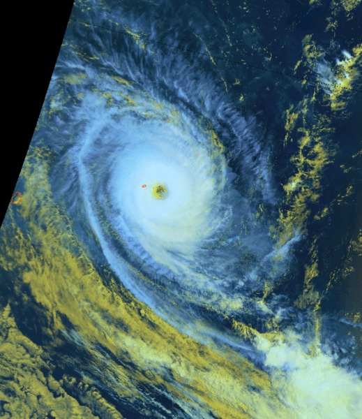 Le cyclone tropical intense AMARA à proximité de Rodrigues (Météo France Océan Indien)