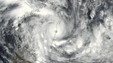 cyclone tropical AVA frappant Madagascar