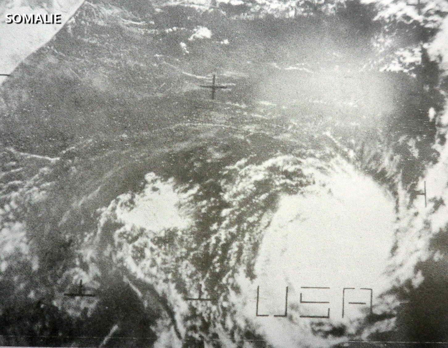 Cyclone Tropical Blanche ESSA-8 octobre 1969 (service météorologique de la Réunion)