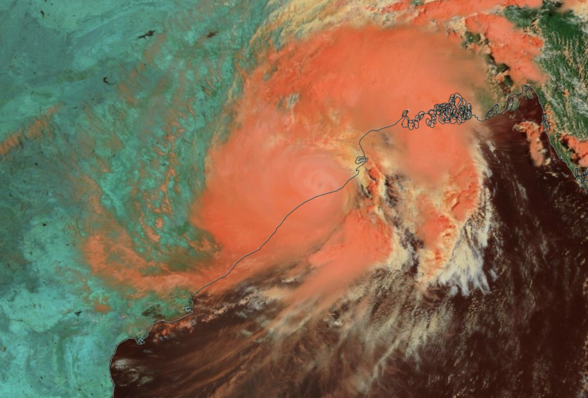 Le cyclone FANI frappe l'Inde