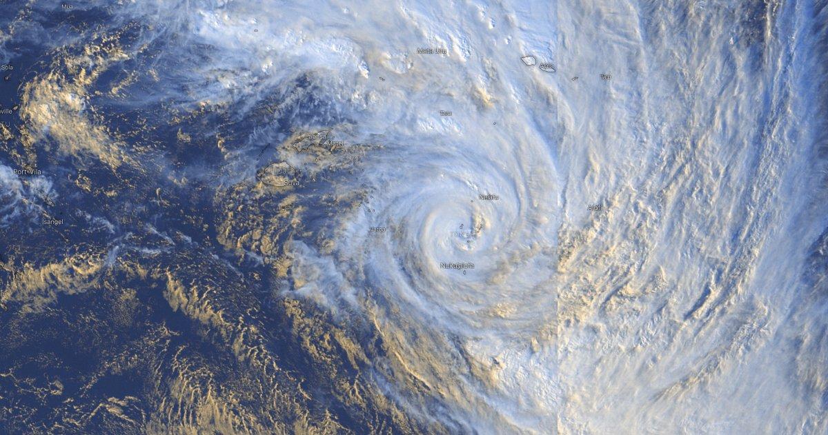 Cyclone tropical tino 1