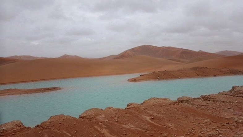 Lac en plein désert ©Al Arabyia