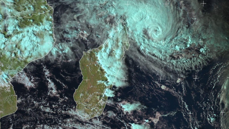 image satellite orage à madagascar
