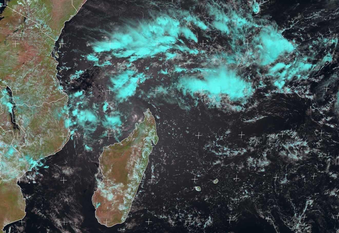 zone suspecte 92S océan indien sud ouest