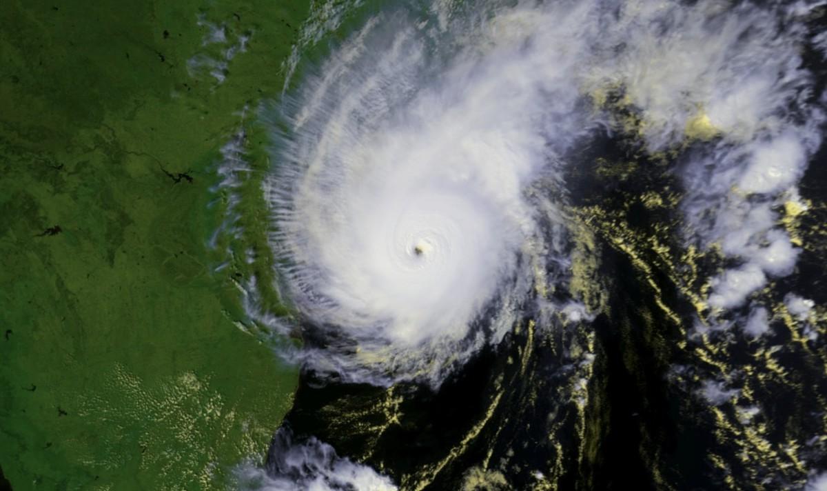 Cyclone GAY frappant l'Inde en 1989