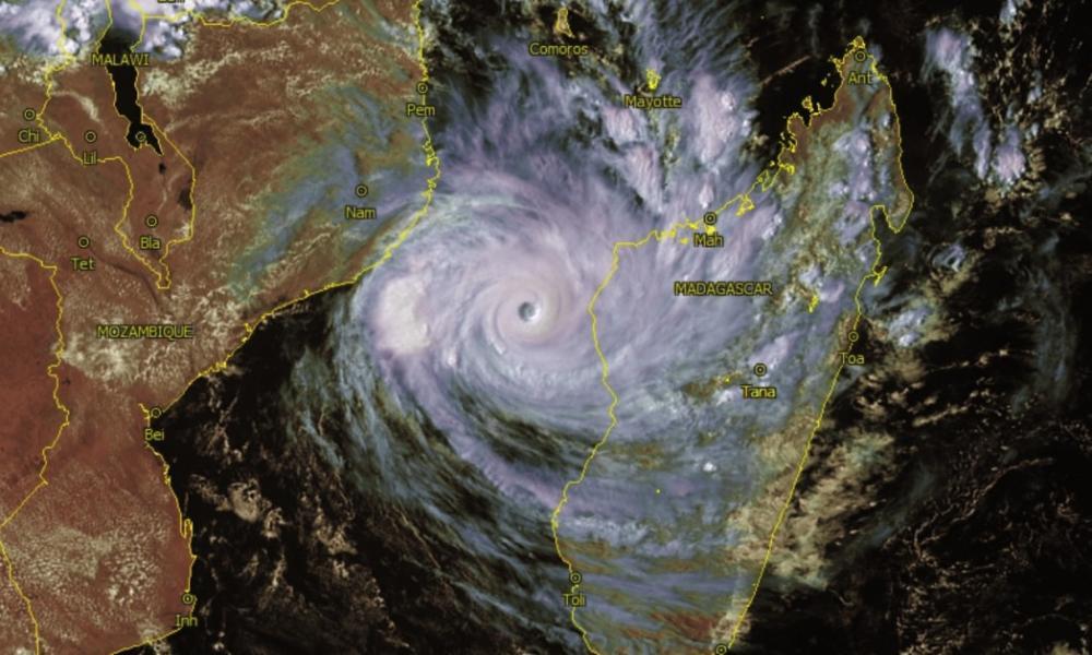 Puissant cyclone tropical intense IDAI