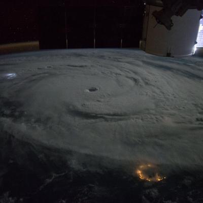 Image du cyclone bansi au nord de lareunion iss nasa1