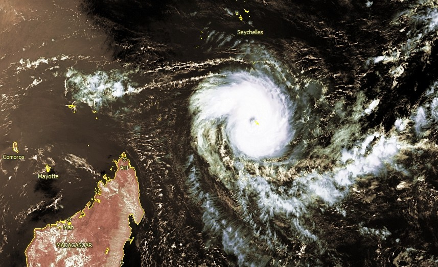 Image satellite du cyclone tropical ALCIDE