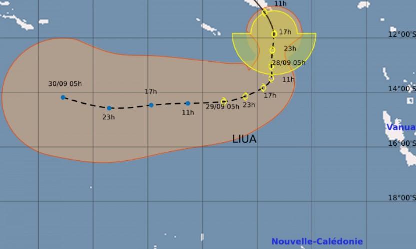 Prévision trajectoire et intensité tempête LIUA ©Météo France NC