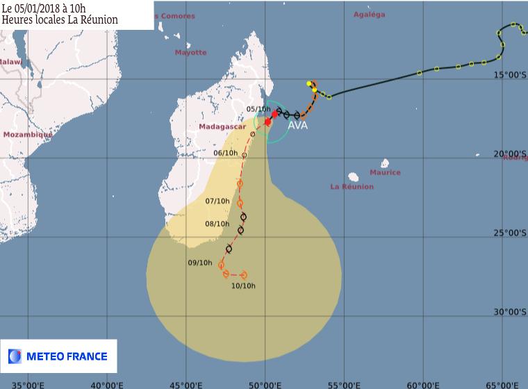 Cyclone Tropical AVA : Prévision du CMRS de la Réunion du 05/01/2018 à 6z (Météo France)