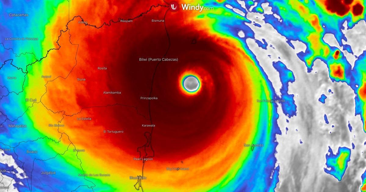 L'ouragan Iota, de catégorie 4, est arrivé sur les côtes — Amérique centrale