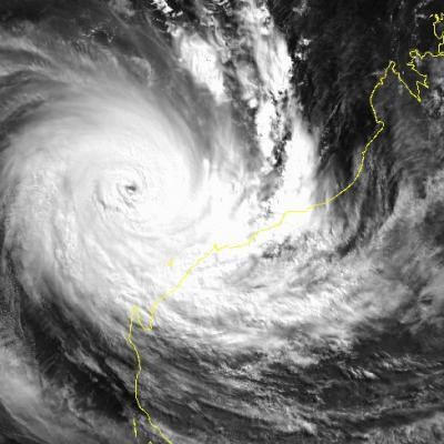 cyclone OLIVIA avril 1996 (NOAA)