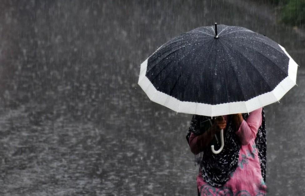 Le parapluie augmente le risque d'être foudroyé