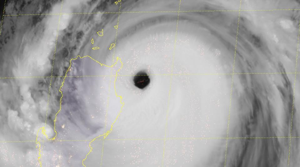 Super typhon MANGKHUT ©RAMMB