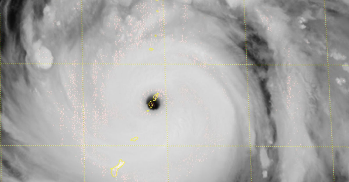Super typhon yutu oeil saipan tinian