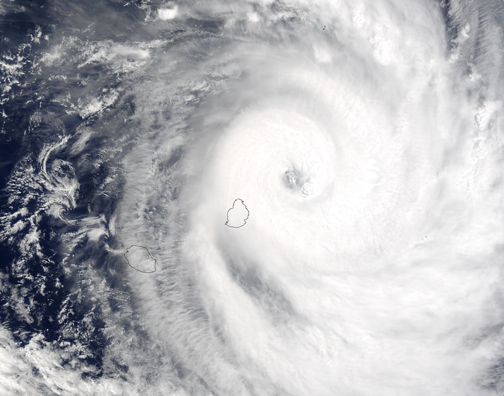 Tc gerry 13 feb 2003 0625z 1