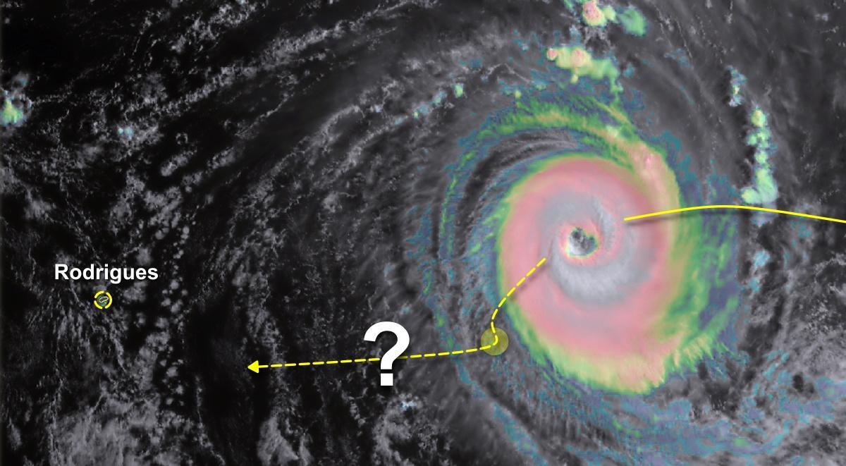 Trajctoire cyclone habana 12 mars