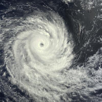 Cyclone Intense URIAH le 17/02/2016-TERRA