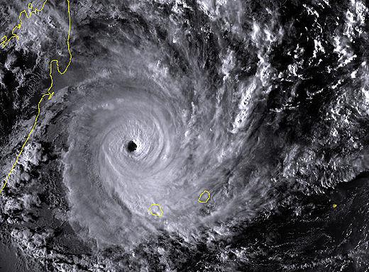 Bonita le 9 janvier 1996 à son pic d'intensité (firinga.com)