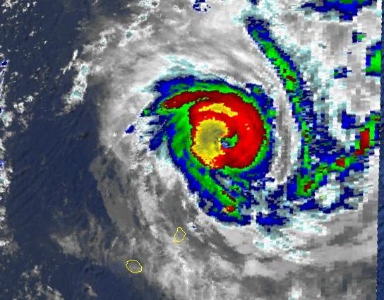 Bonita au sud-est de Saint-Brandon le 7 jan 96 à 18utc (NOAA)