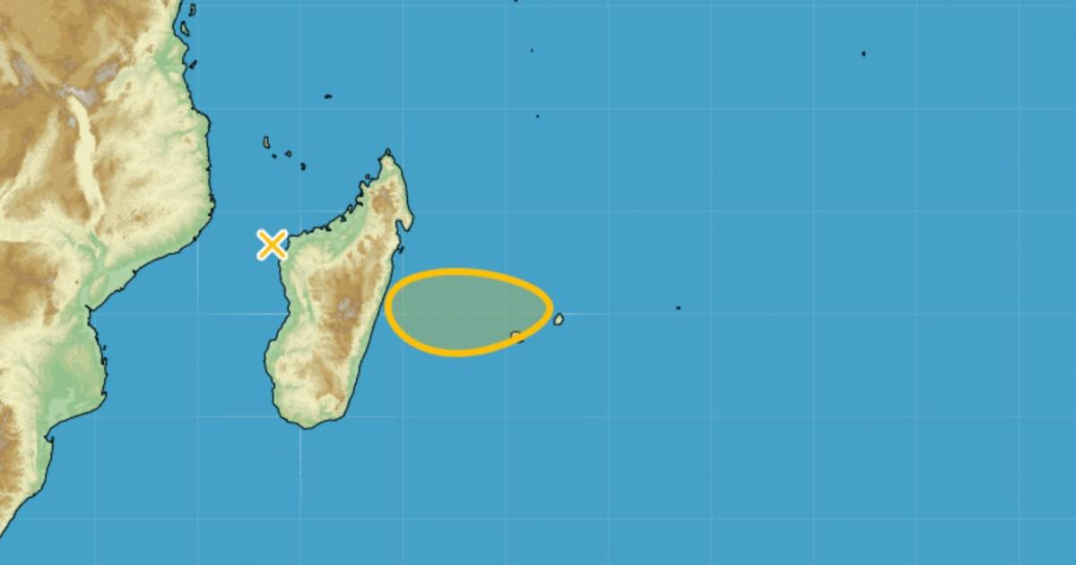 Cyclogenese à l'ouest de la Réunion