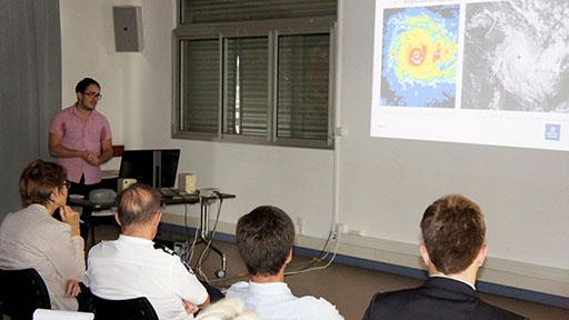 Les étapes de la prévision cyclonique (crédit Météo France)