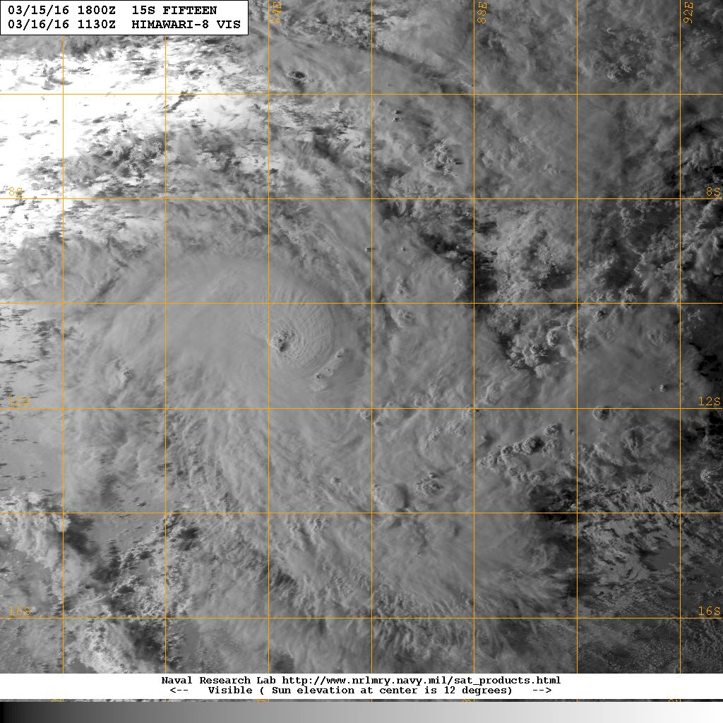 Cyclone Emeraude le 16 mars 2016 à 1130z