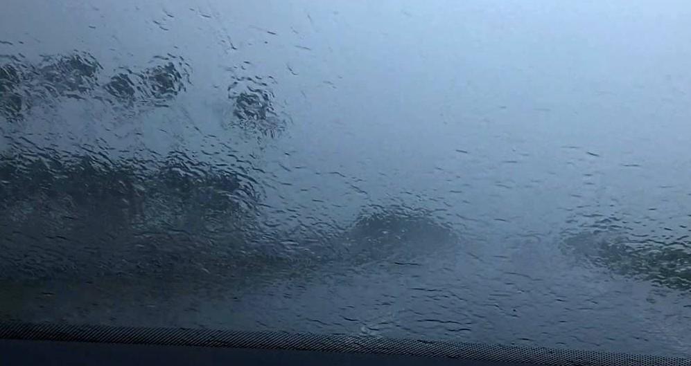 Fortes pluies a la reunion 02 05 2018