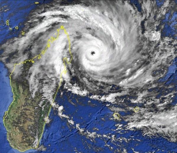 Gafilo 06 mars 2004 6utc (noaa)