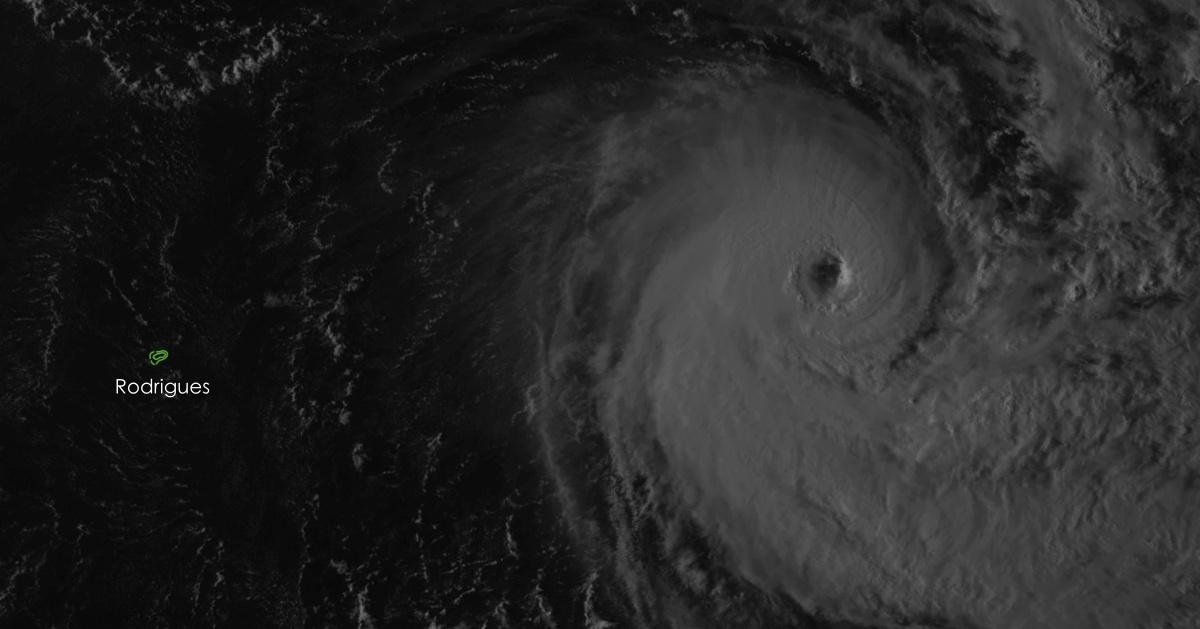 cyclone tropical intense HALEH