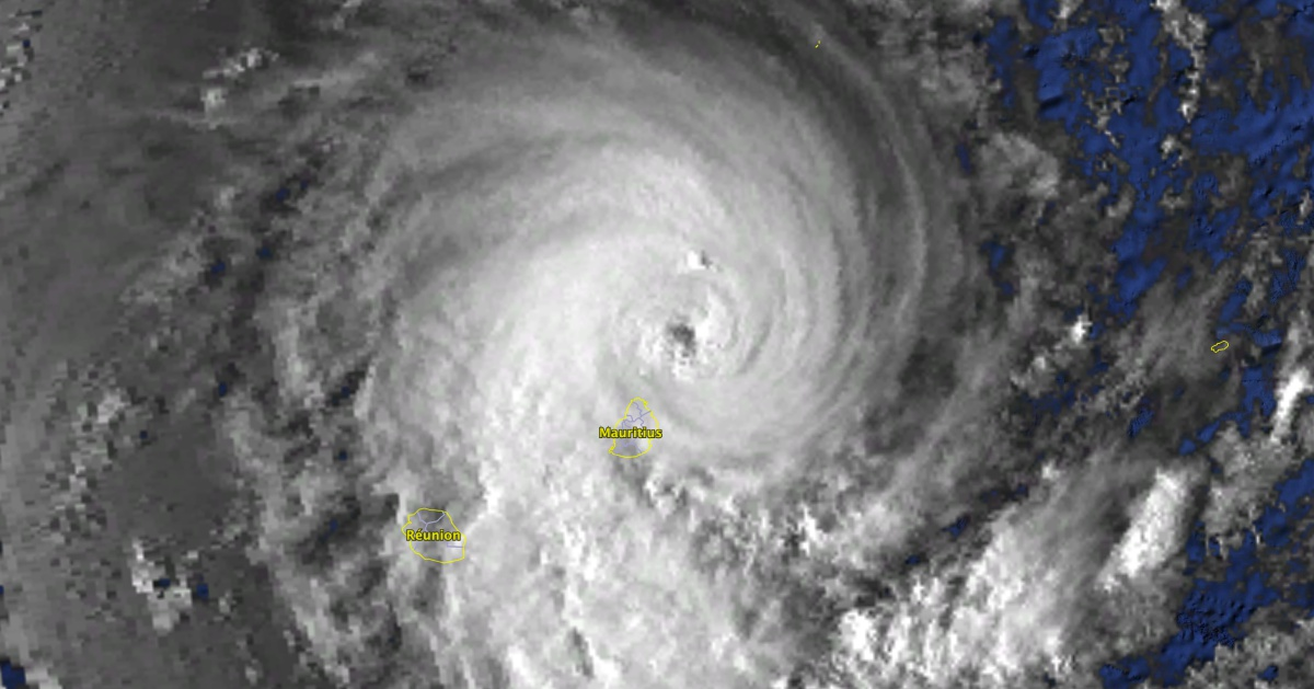 Cyclone tropical Hollanda