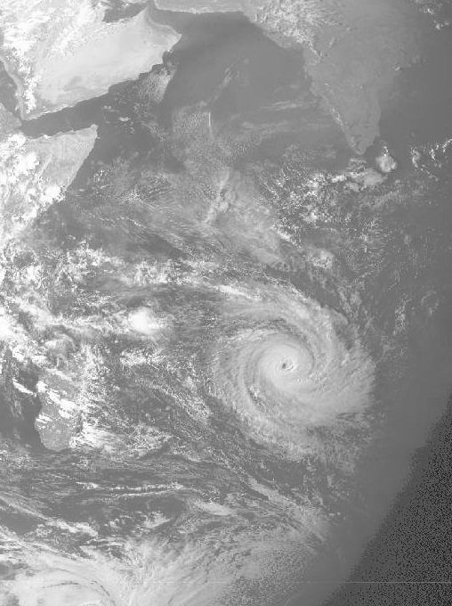 Cyclone tropical IDYLLE 9 avril 1979 à 12:00 utc (GEOS1 - NOAA)