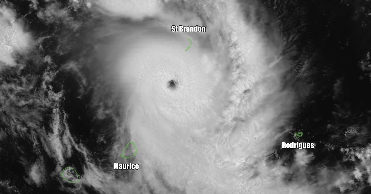 cyclone intense gelena