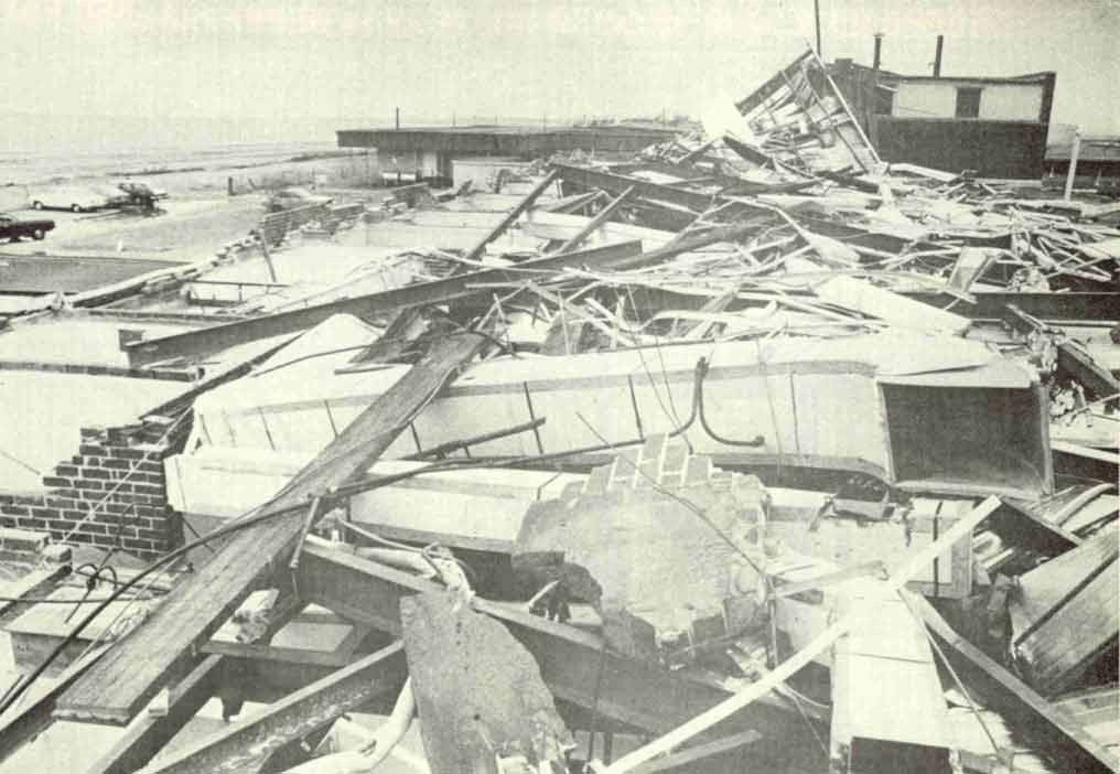 Maison détruite par le cyclone JOAN