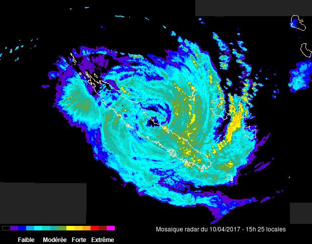Le cyclone Cook touche la Nouvelle Caledonie (radar Météo France)