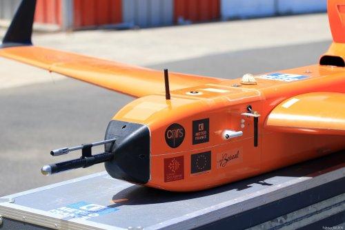 Le drone vue de face
