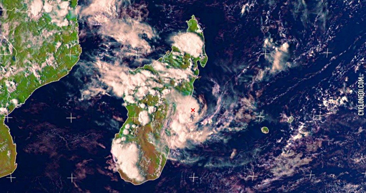 Orage madagascar ocean indien