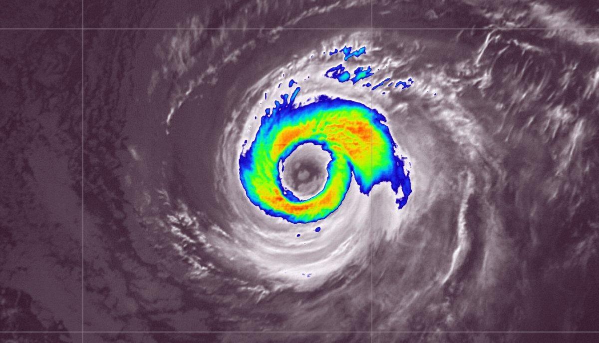 Ouragan linda infrarouge